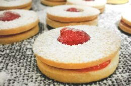 עוגיות סנדוויץ ריבה | צילום: ספיר דהן