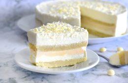 עוגת קרם שוקולד לבן וקרמל | צילום: ספיר דהן