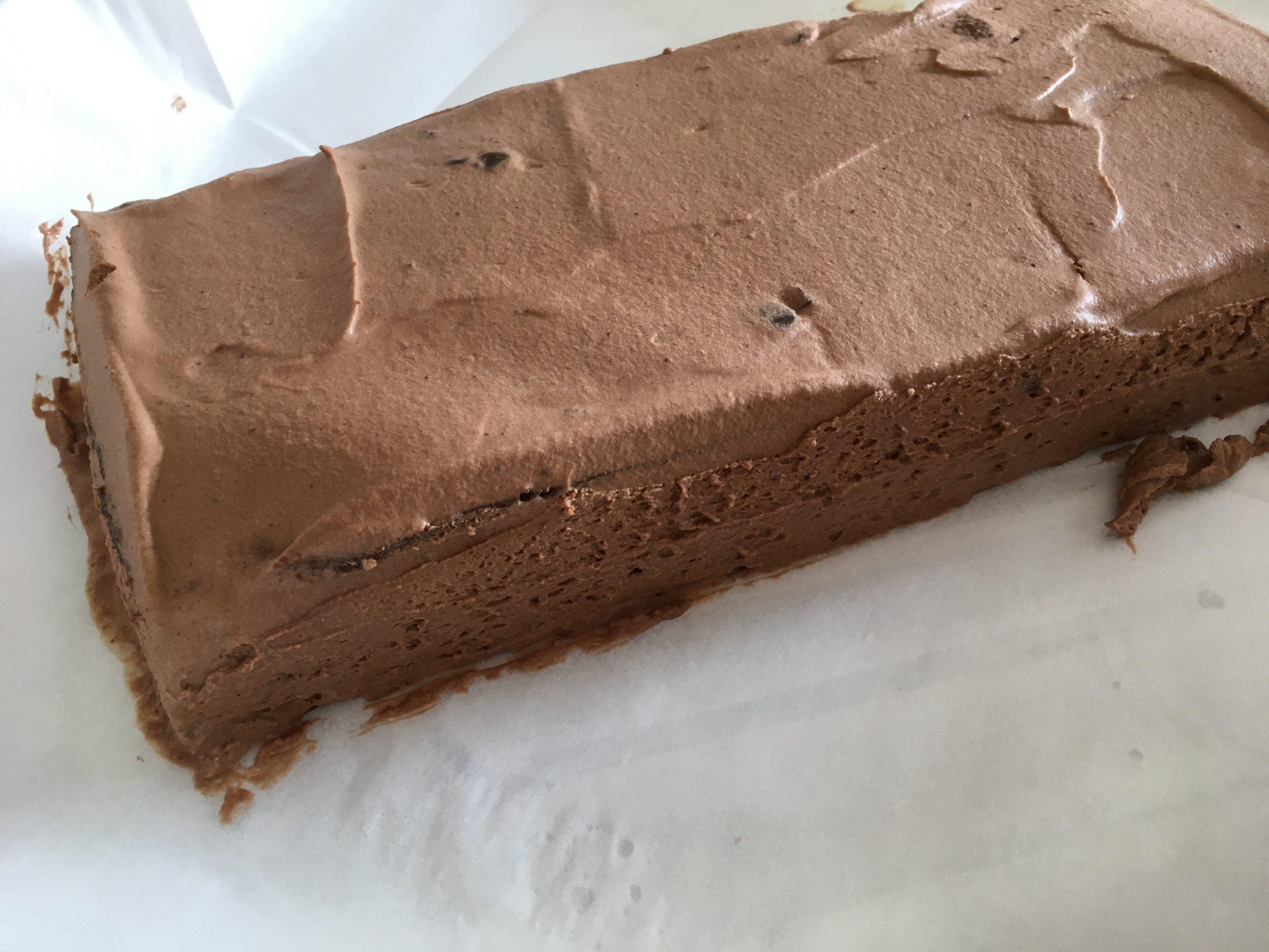 עוגת שכבות עם קרם שנטילי שוקולד ללא גלוטן | צילום: ספיר דהן