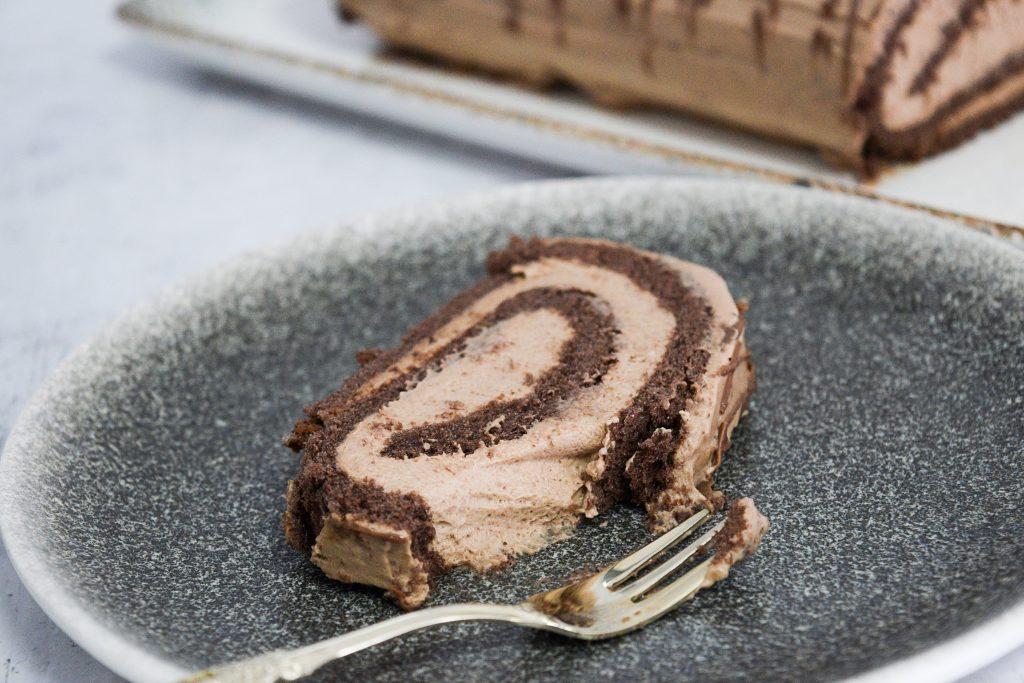 רולדת שוקולד כשרה לפסח | צילום: ספיר דהן
