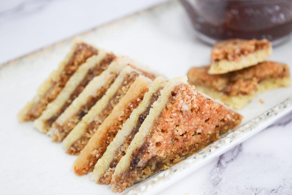 עוגיות ריבה ושקדים   צילום: ספיר דהן