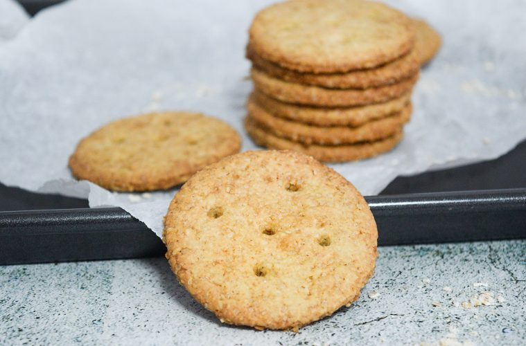עוגיות שיבולת שועל קריספיות | צילום: ספיר דהן