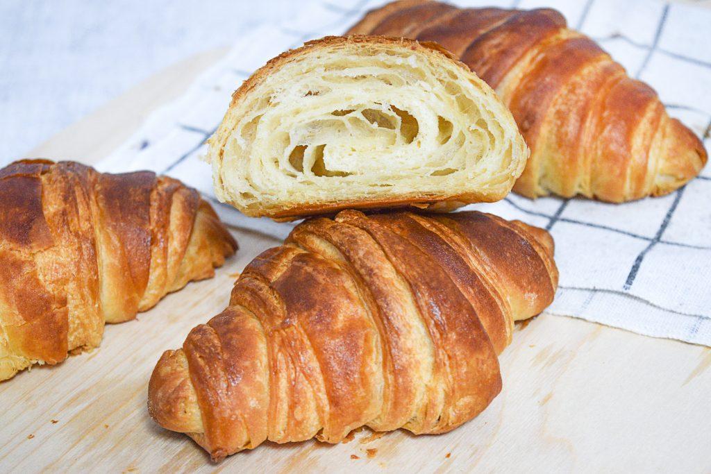קרואסון חמאה קלאסי - המדריך המלא   צילום: ספיר דהן