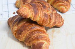 קרואסון חמאה קלאסי - המדריך המלא | צילום: ספיר דהן