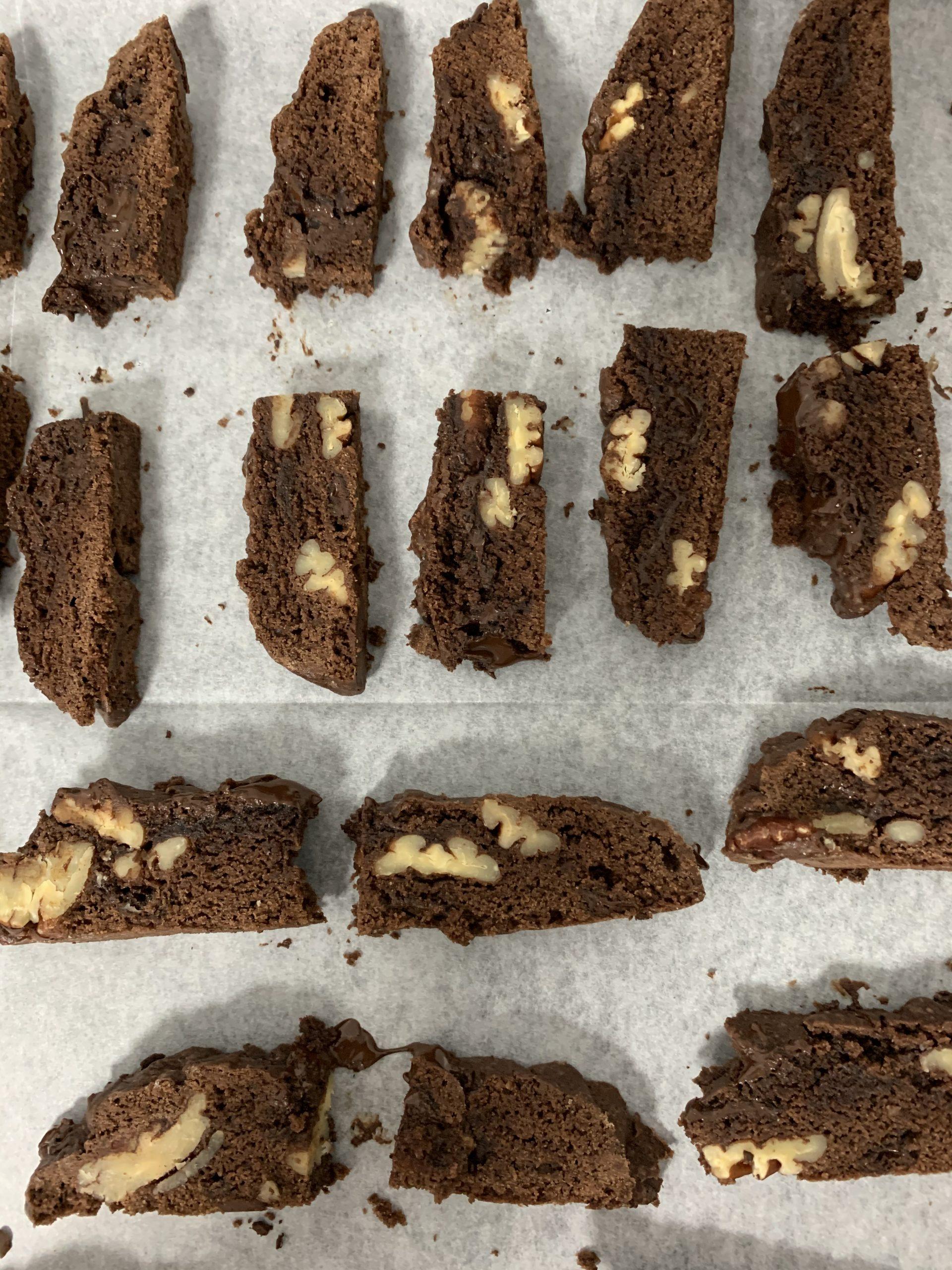 עוגיות ביסקוטי שוקולד פקאן | צילום: ספיר דהן