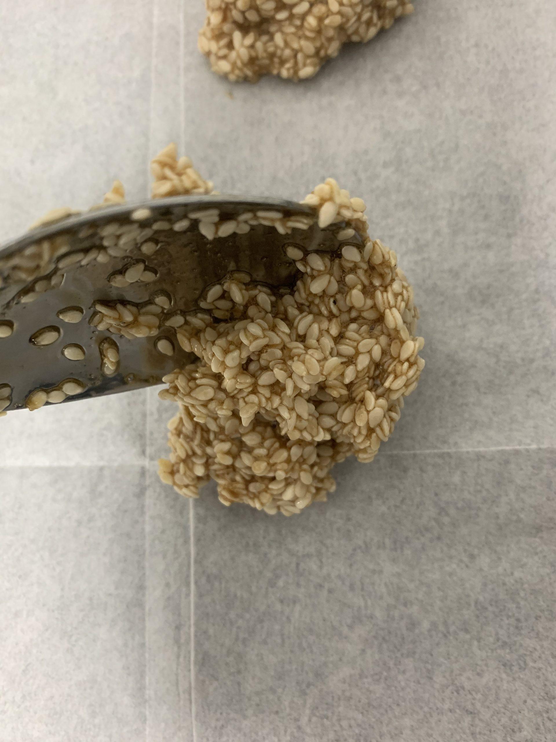 עוגיות שומשום ב-60 שניות   צילום: ספיר דהן